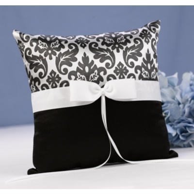Elegant Damask Pillow - Black and White
