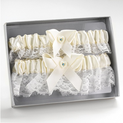 Ecru Heart and Rhinestone Garter Set