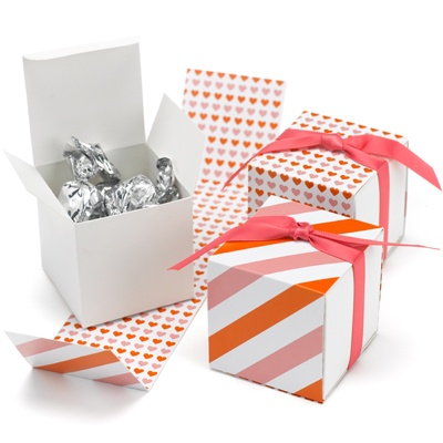 Orange/Pink Heart Reversible Wrap Favor Boxes